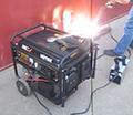 Электрогенератор Huter DY8000LXA в работе